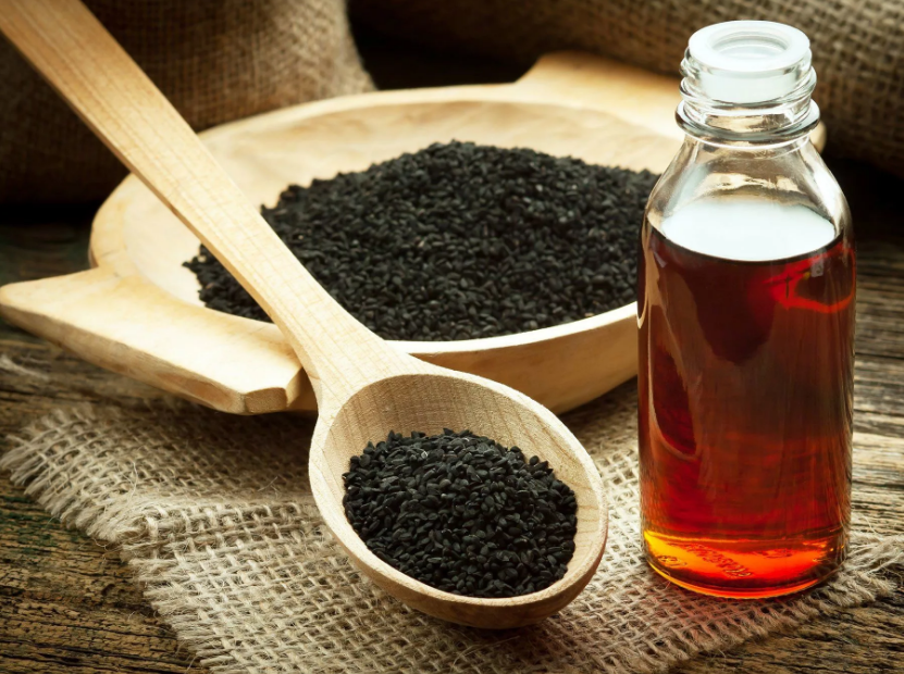 How to use Black Seed Oil for Health and Beauty Benefits livingflawless.com