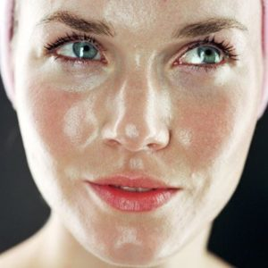 Managing your oily skin 3
