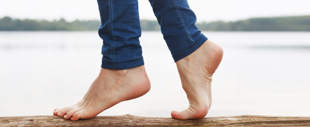 Treat your cracked heels at home 1